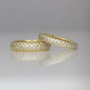 Pave set diamonds 18ct yellow gold