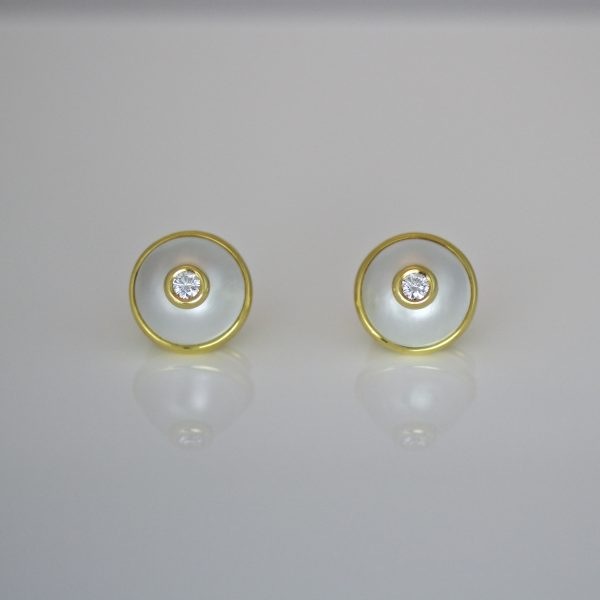 Diamond & pearl ear-studs