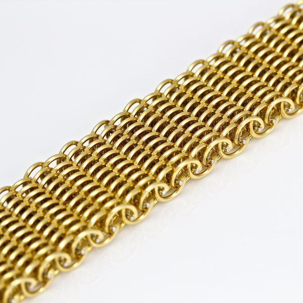 "18ct gold wide ""Victorian"" bracelet"