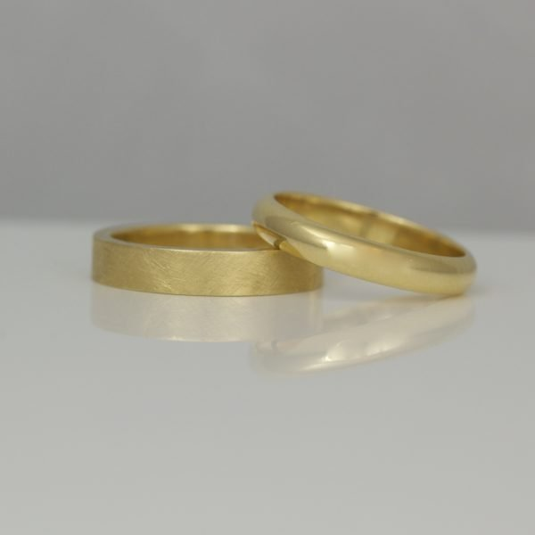 18ct yellow gold rings