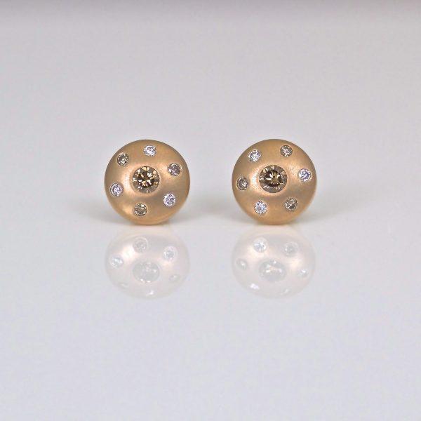 Fancy diamond in rose gold ear-studs