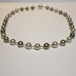 Grey Diamond & Tahitian pearl necklace.