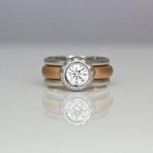 Modern diamond hao ring